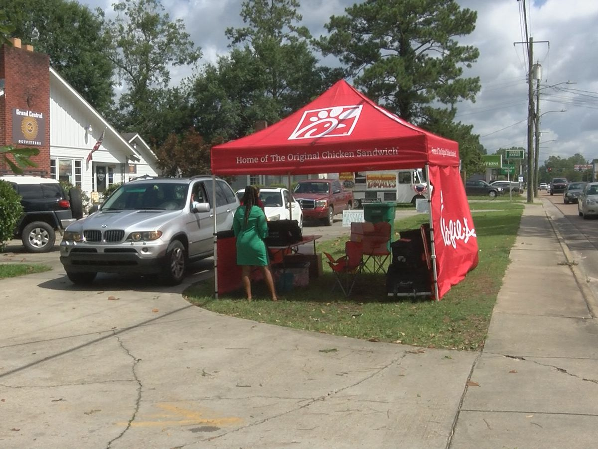 Chick-fil-A opens first pop up location in Petal