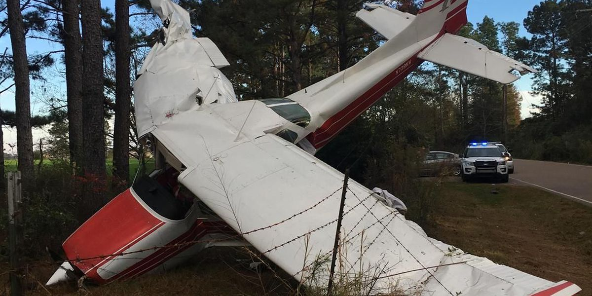 Emergency crews respond to plane crash in Lamar County