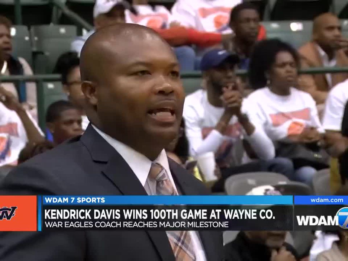 Kendrick Davis records 100th win with Wayne County basketball