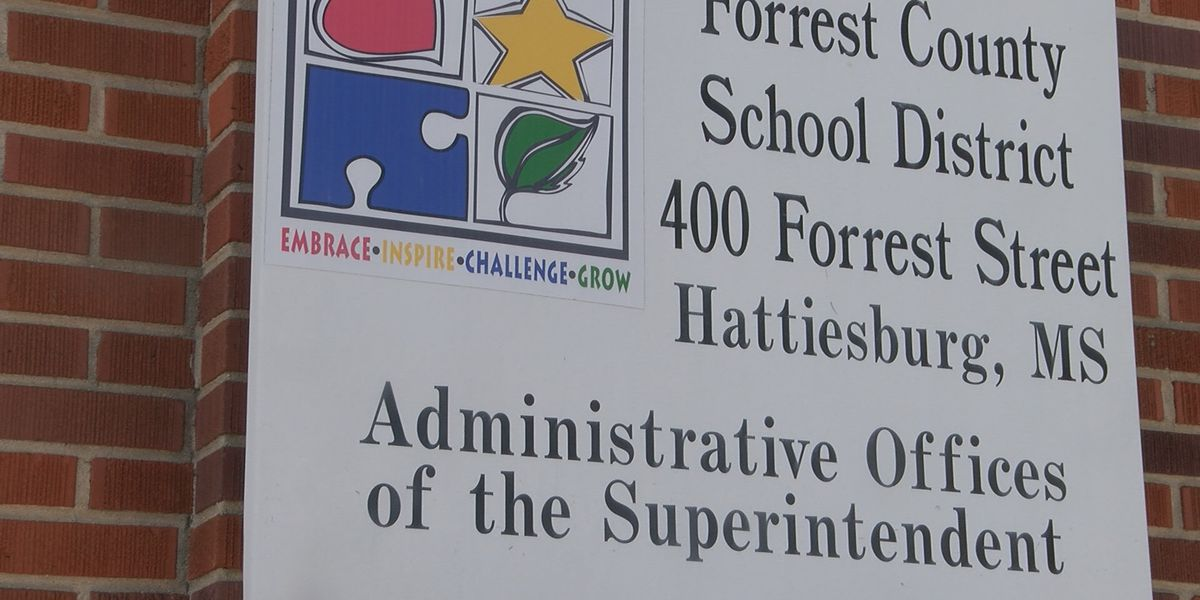 Forrest County School District approves plan for 2021-2022