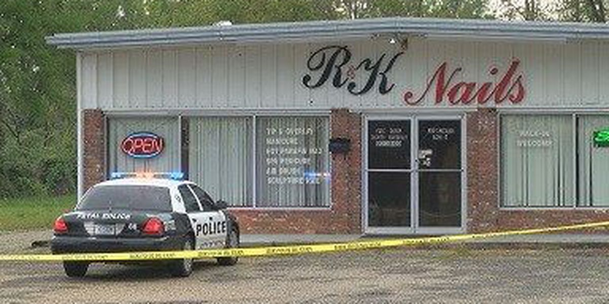 Petal Police investigating robbery, shooting at nail salon