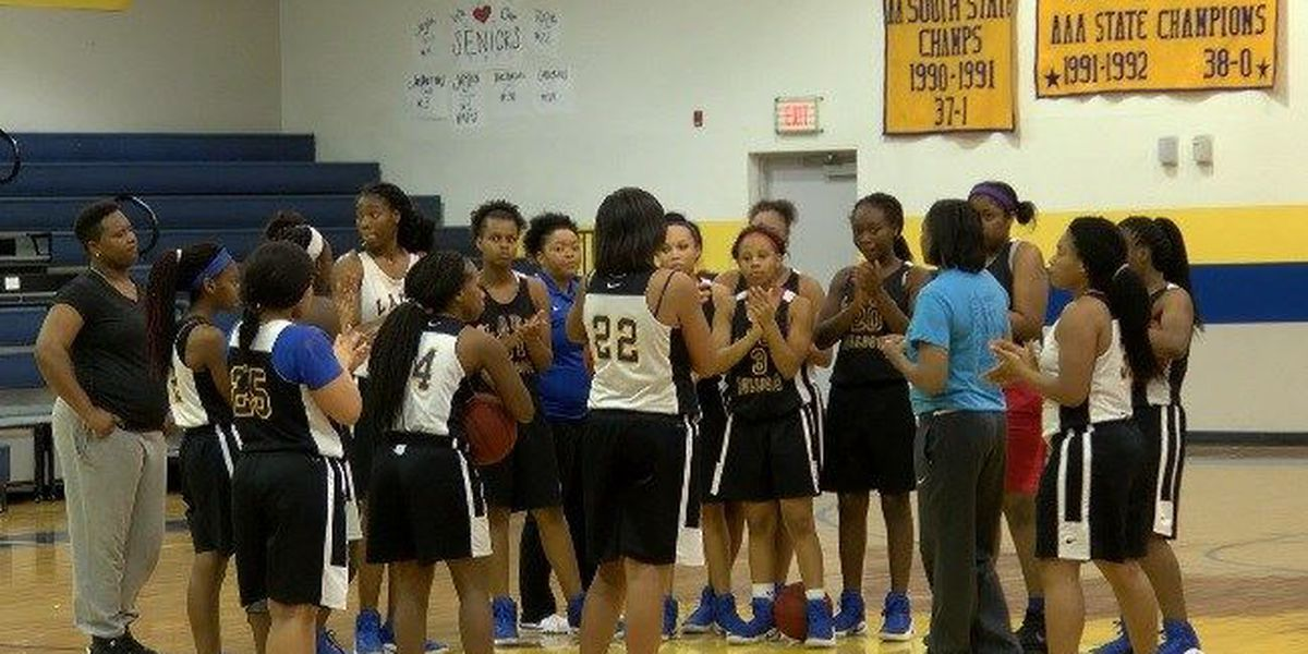 Bay Springs basketball staying alive in 2A playoffs
