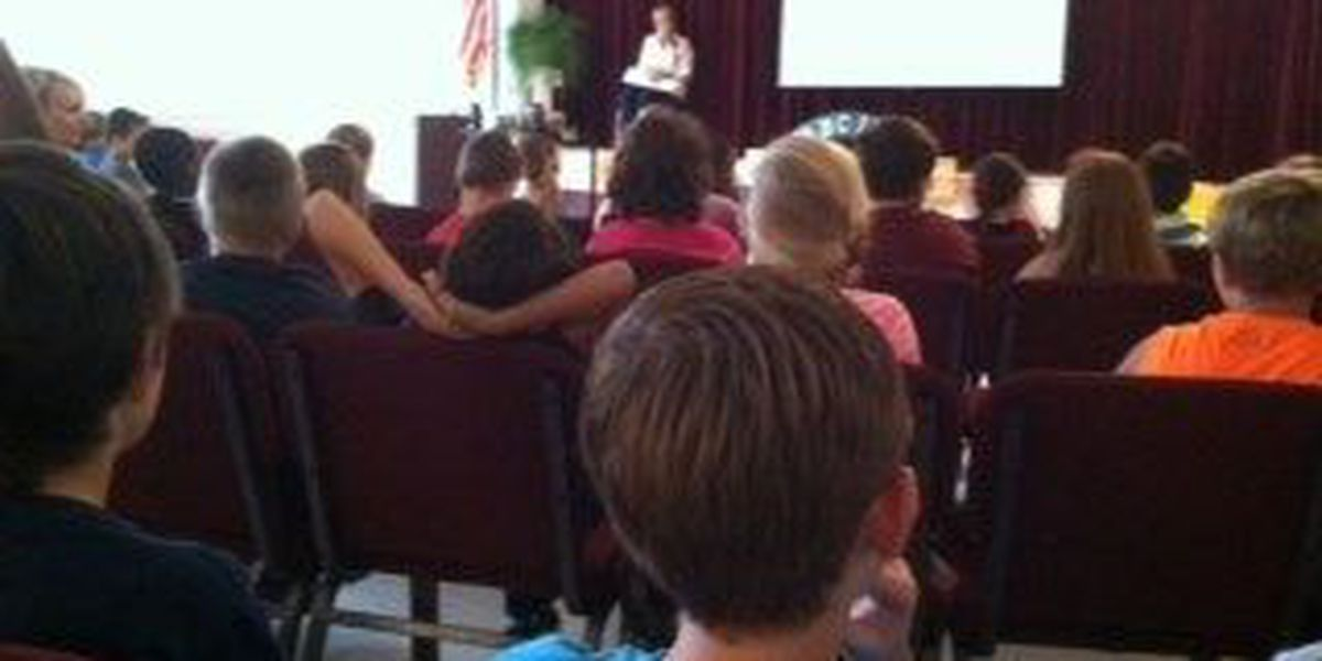 """Miss. First Lady wrapping up """"Read Across Mississippi"""" tour"""