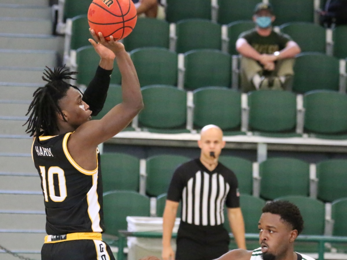 USM falls 66-51 to Jacksonville in season opener