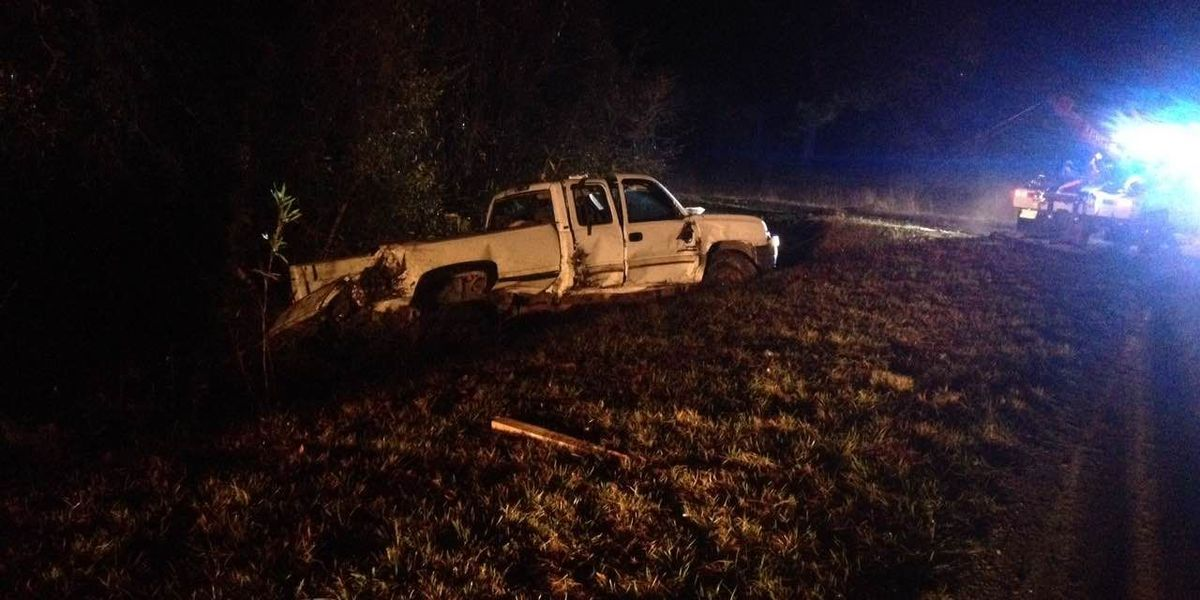 Jones County man injured in rollover accident