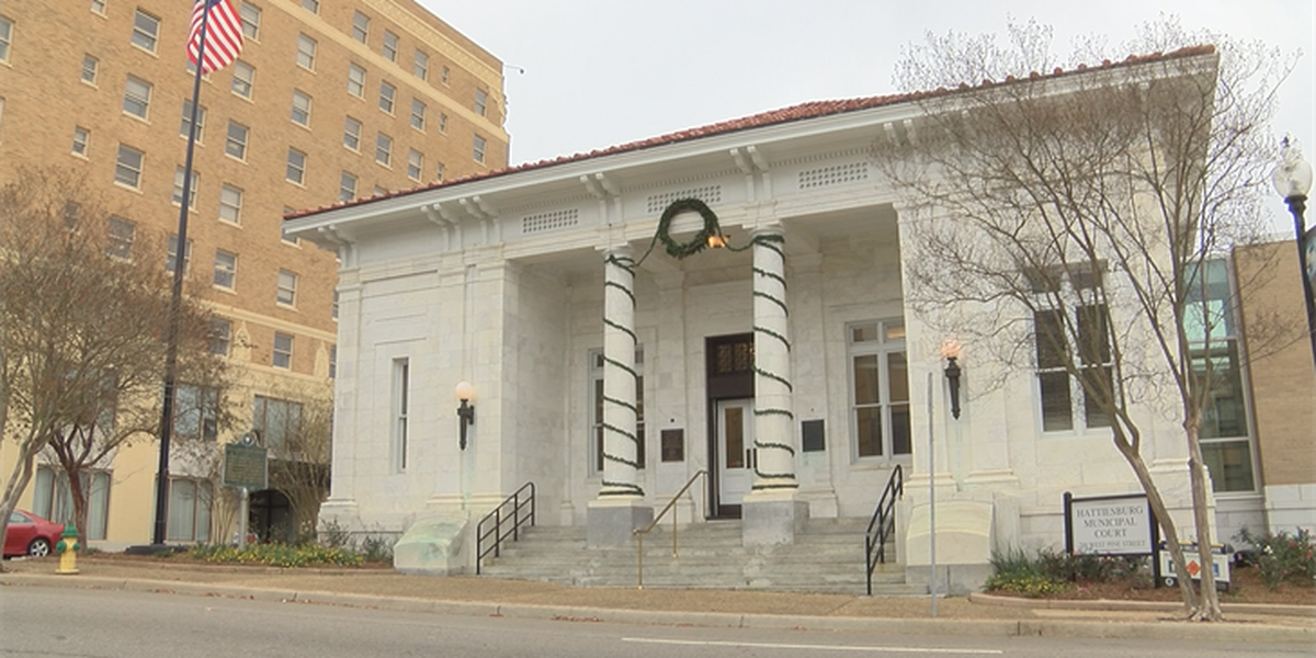 Representatives with Council of State Governments visit Hattiesburg to observe court program