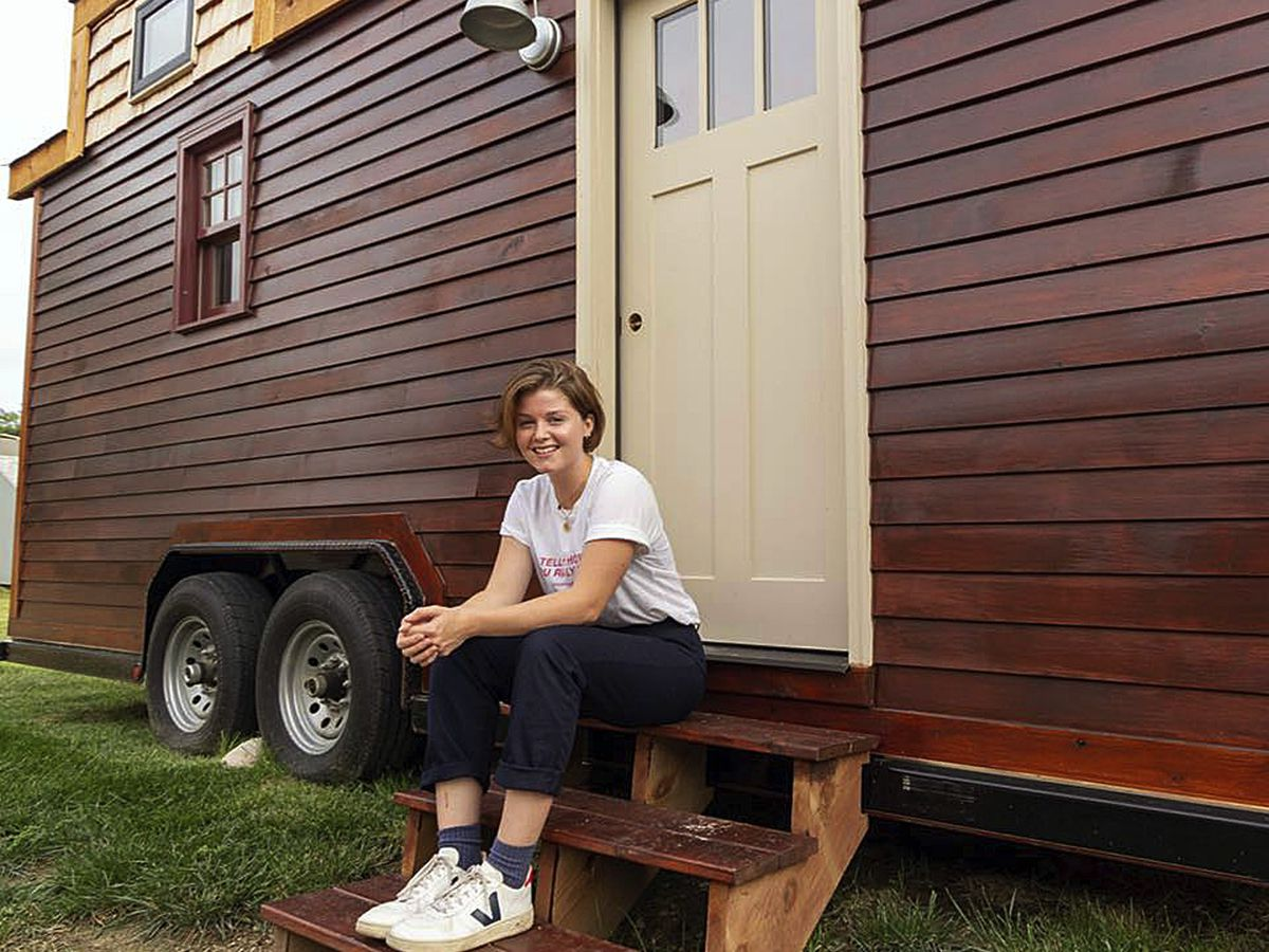 St. Louis police searching for woman's stolen tiny home