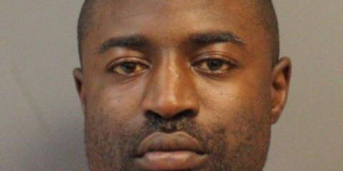 Hattiesburg man pleads guilty to illegal firearm possession