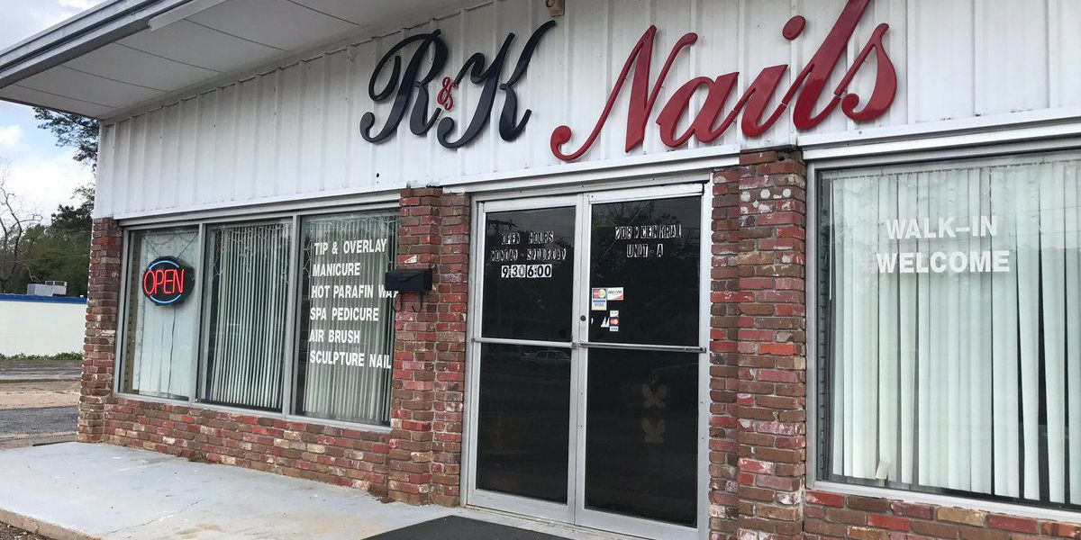 Police searching for suspect in shooting at Petal nail salon