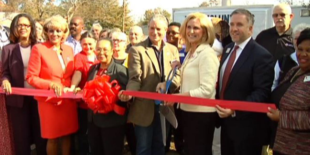 Red Cross holds ribbon cutting ceremony for new building