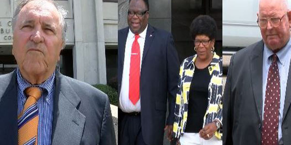 Dukes, Holmes disqualified as legal counsel in Bolton federal trial