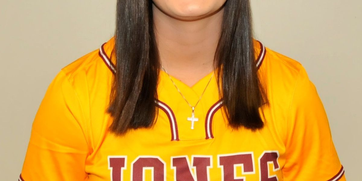 Jones' Lindsey named MACCC softball 'Player of Week'