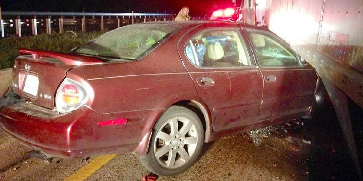 Smith County man seriously injured in head-on collision on I-59