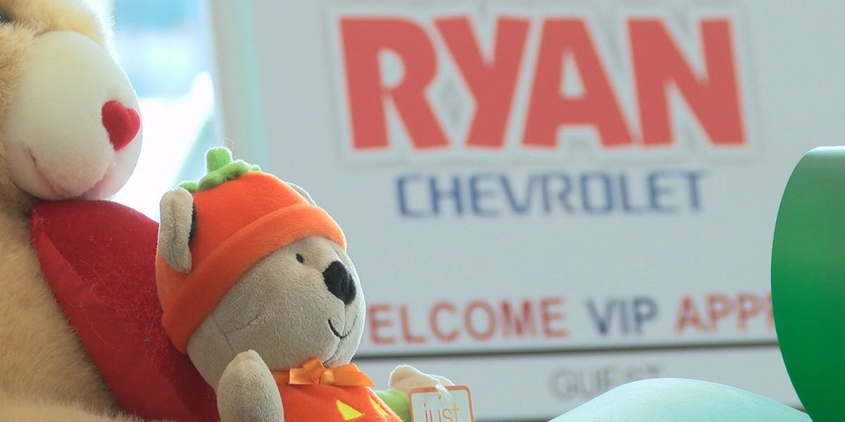 HPD teams up with Ryan Chevrolet for Christmas toy drive