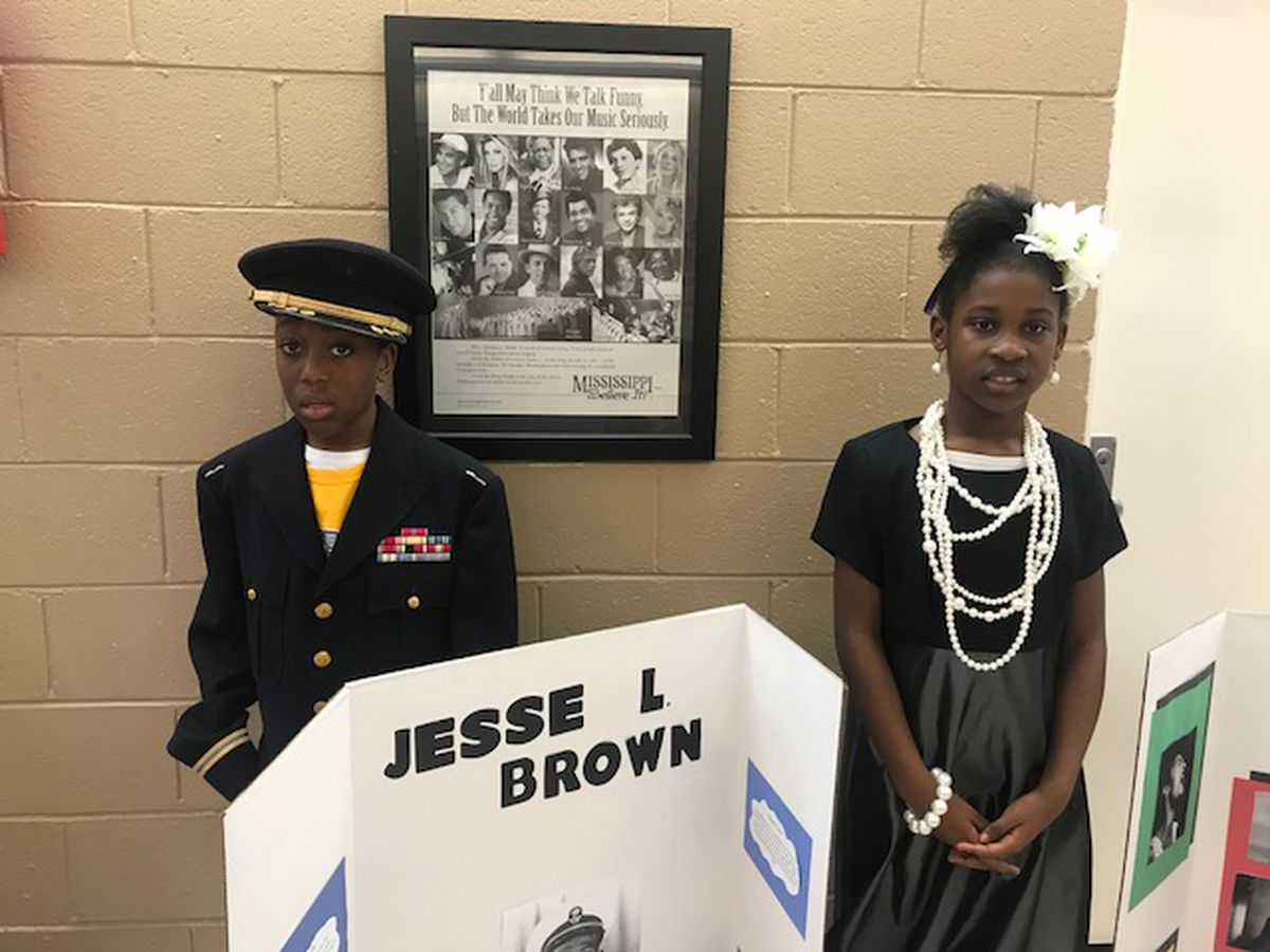 Thames Elementary students bring the past to life with wax museum presentation