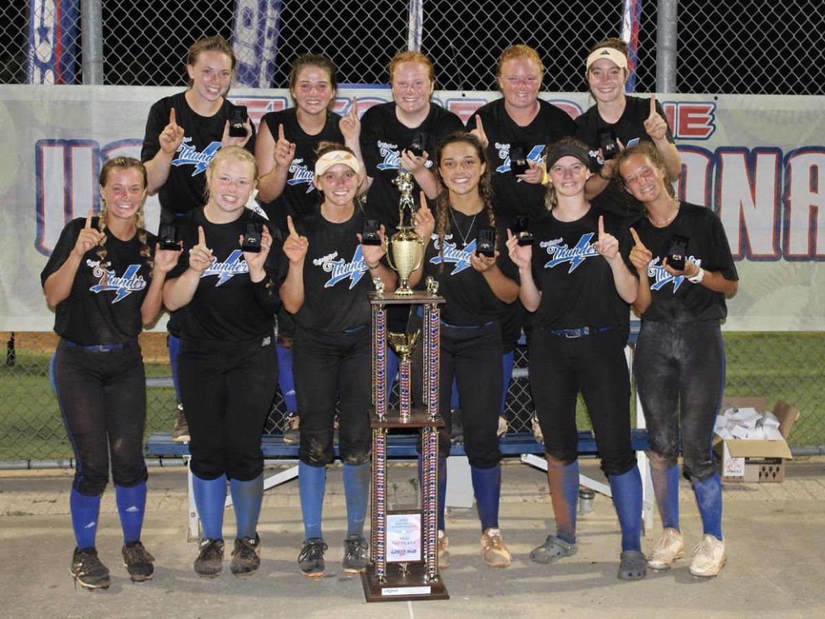 Local softball team takes national title