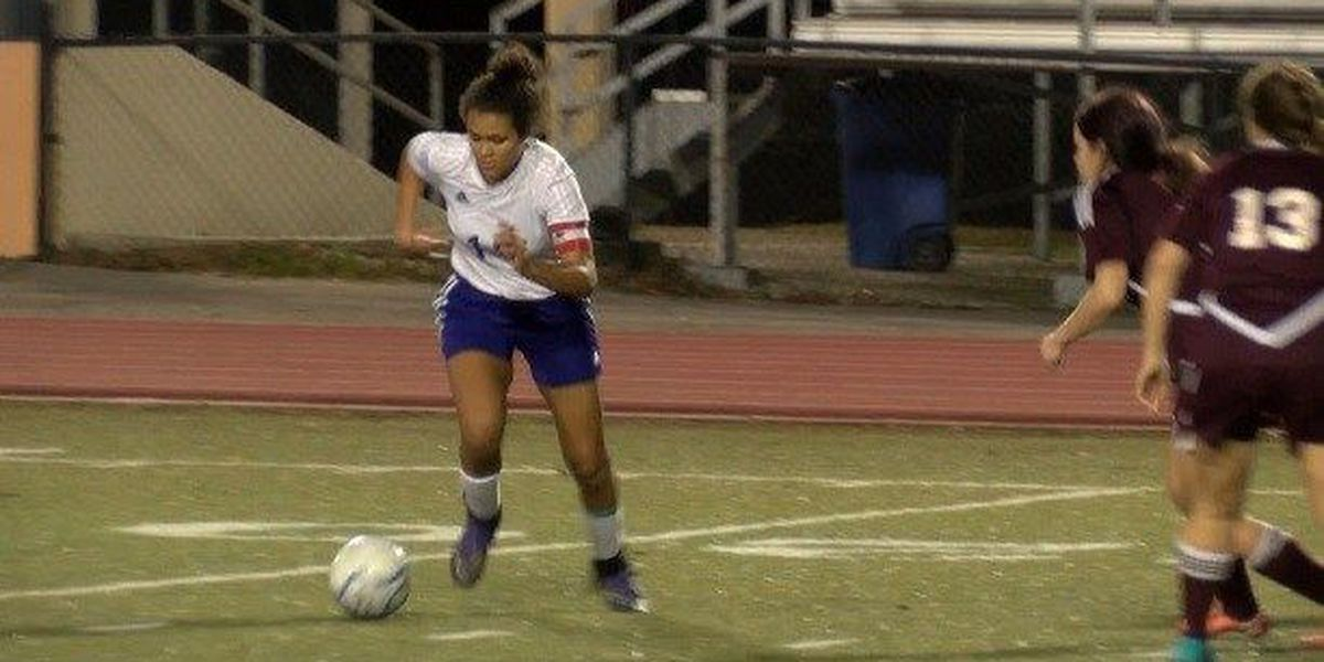 Sophomore Taytum Terrell leads undefeated Hattiesburg Soccer
