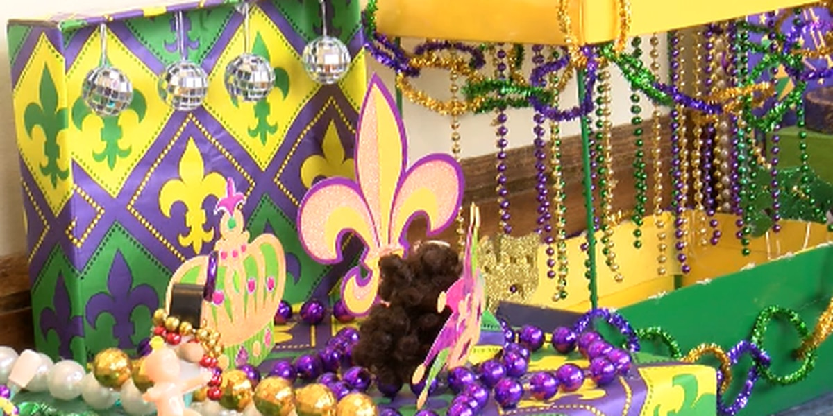Sacred Heart students create mini Mardi Gras float display