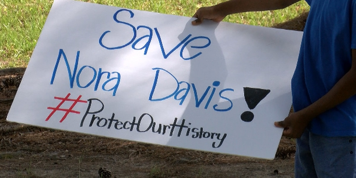 Community speaks out on changes to Nora Davis Magnet School
