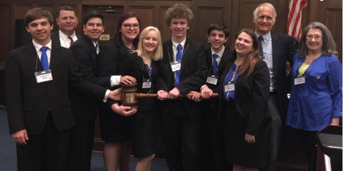 Sacred Heart Mock Trial Team to represent MS in national competition