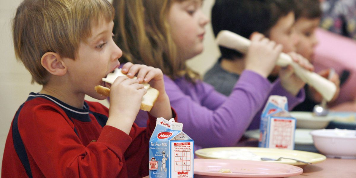 Trump administration extends free school meals through end of school year