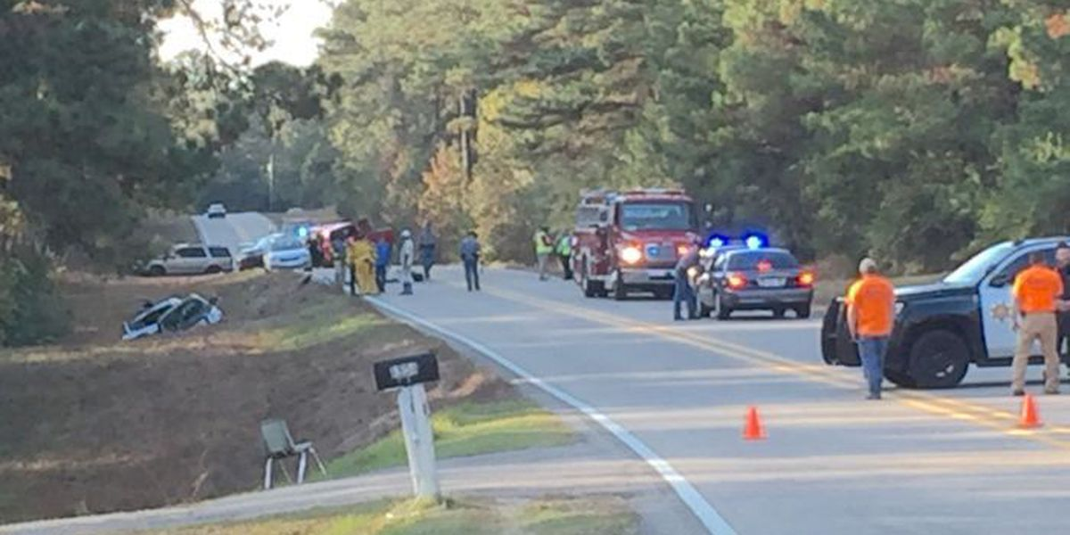 One dead in 4-vehicle accident in Marion County
