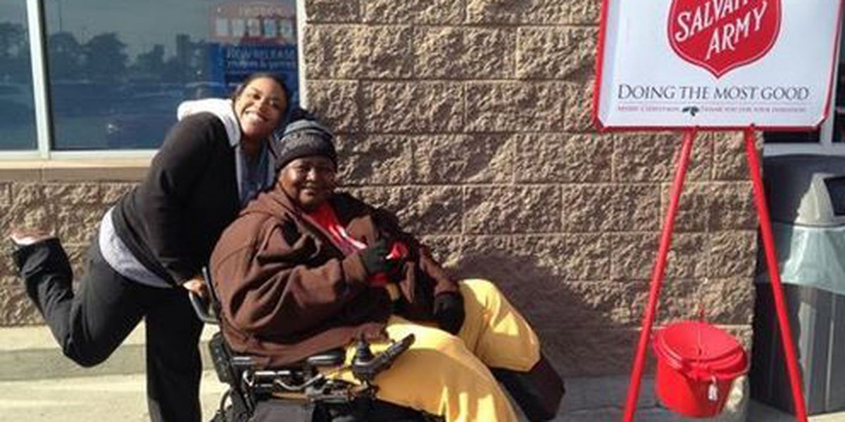 Double amputee dedicates time to Salvation Army during Christmas season
