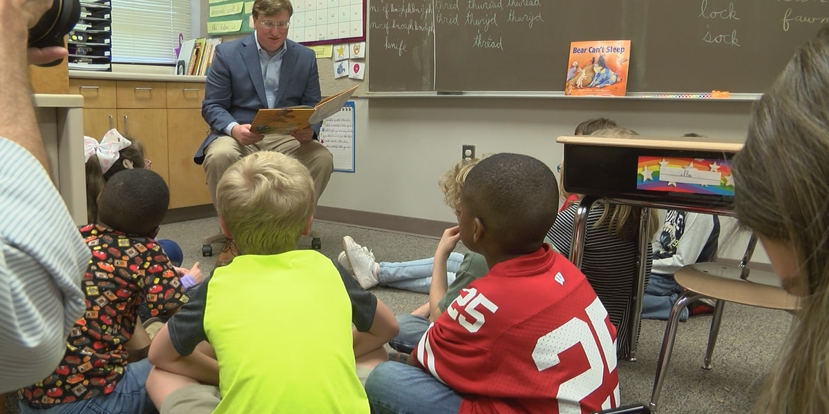 Lt. Gov. Reeves visits USM's Dubard School