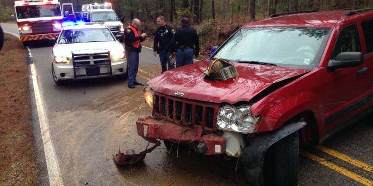 Car accident in Hattiesburg sends one to hospital
