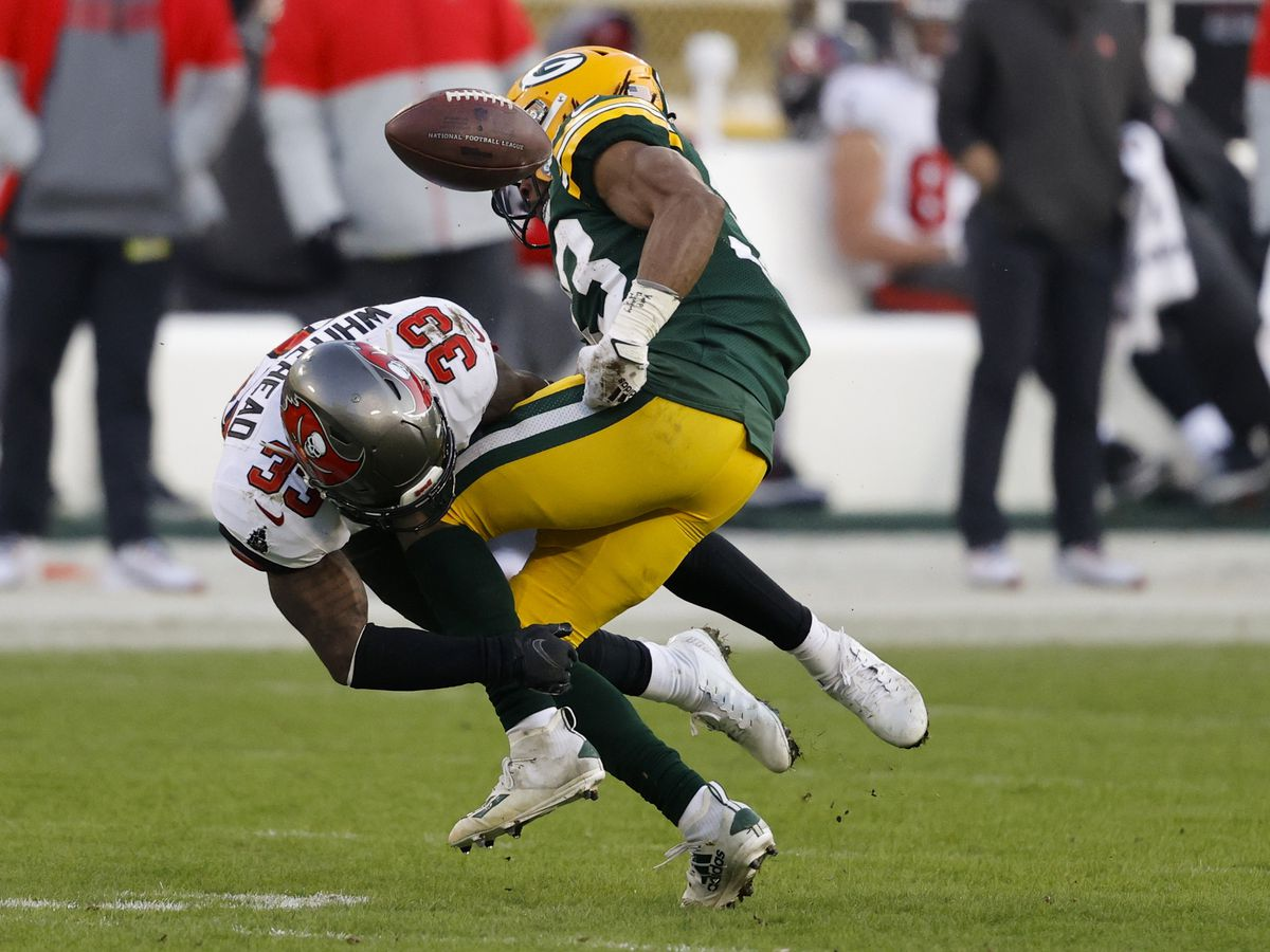 Road warriors: Bucs win 31-26 at Green Bay, reach Super Bowl