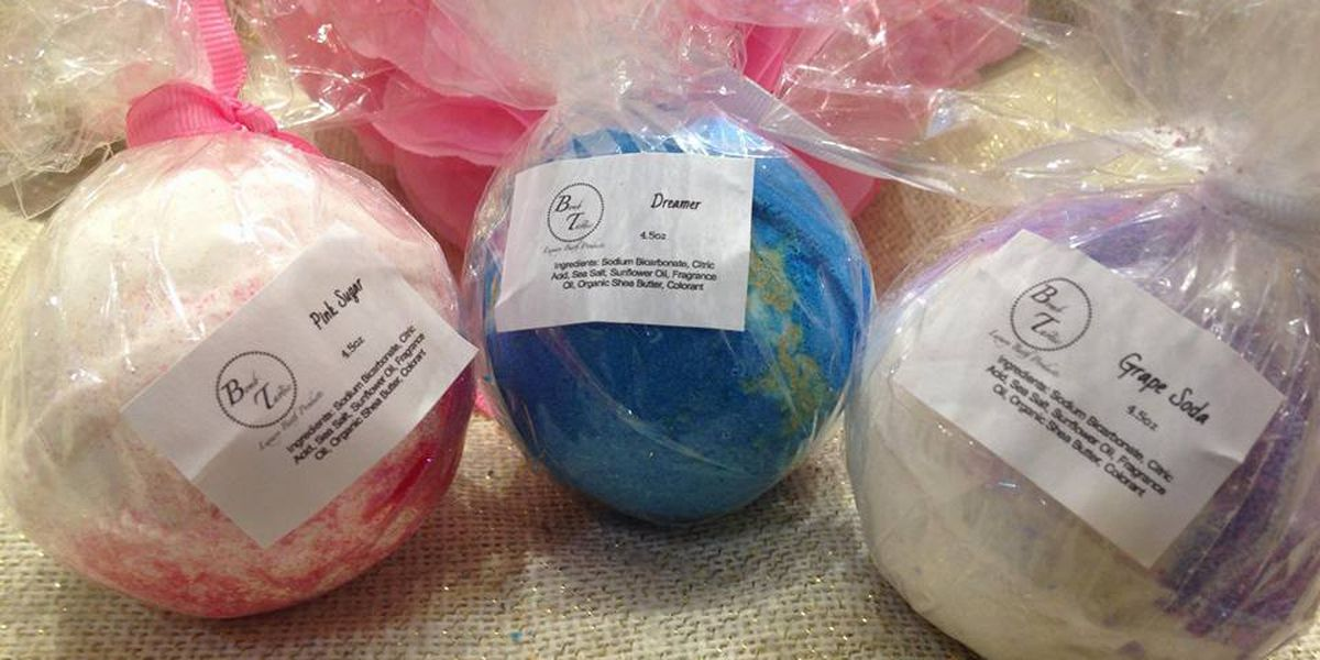 Hundreds of bath bombs stolen from mall kiosk