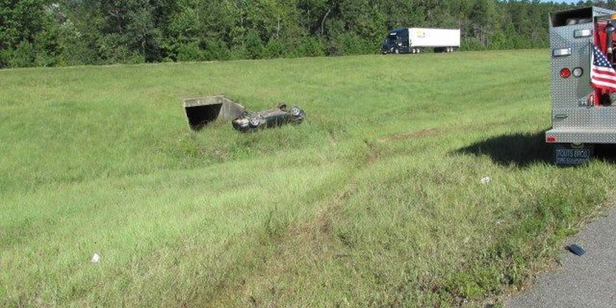 Man survives potentially deadly interstate wreck