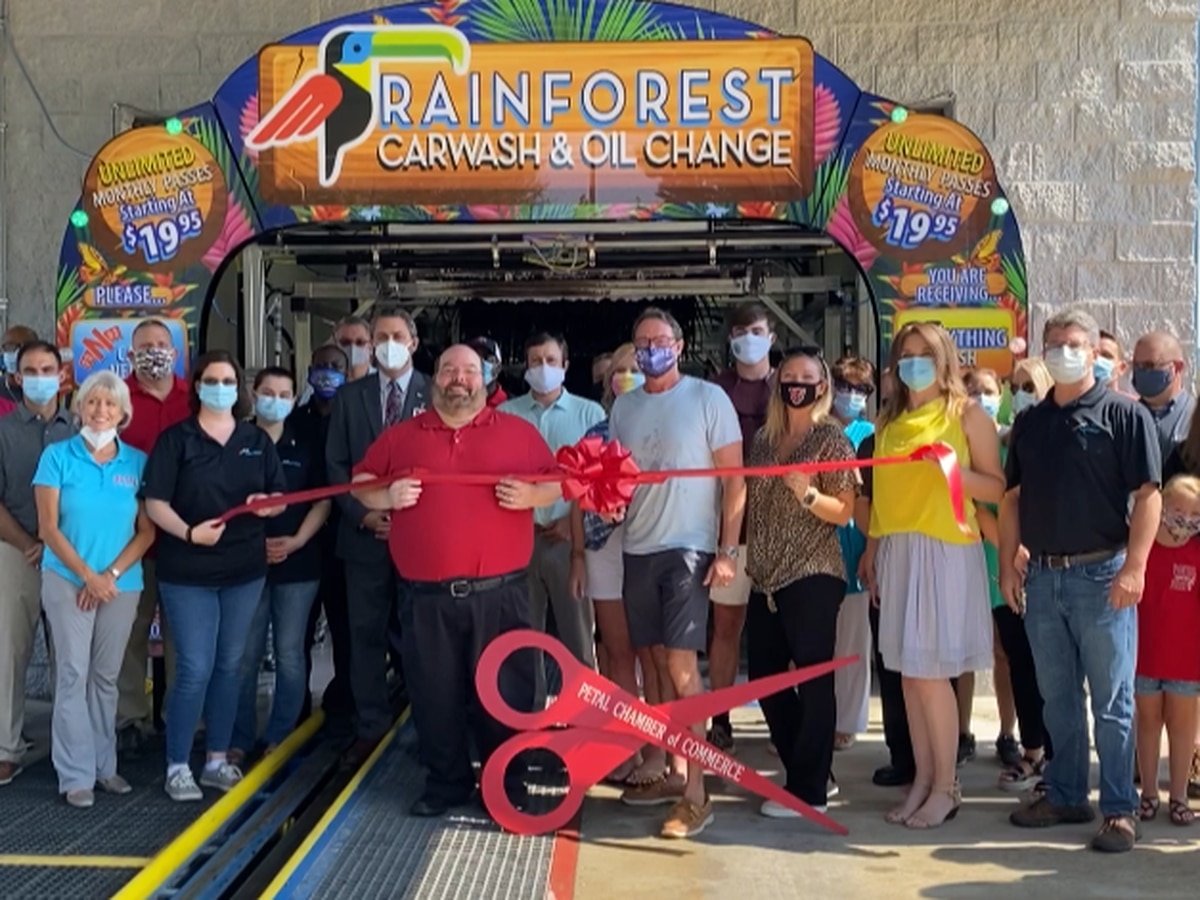 Rainforest Carwash and Oil Change opens in Petal