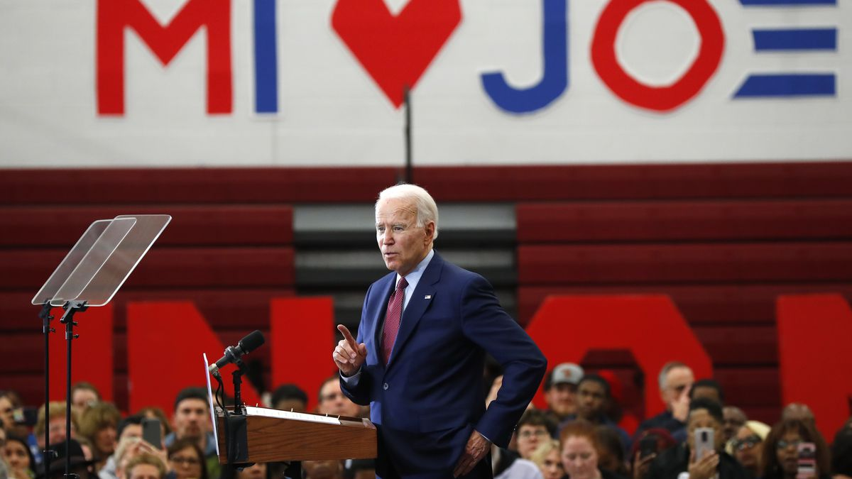 Biden has another big primary night, wins 4 more states