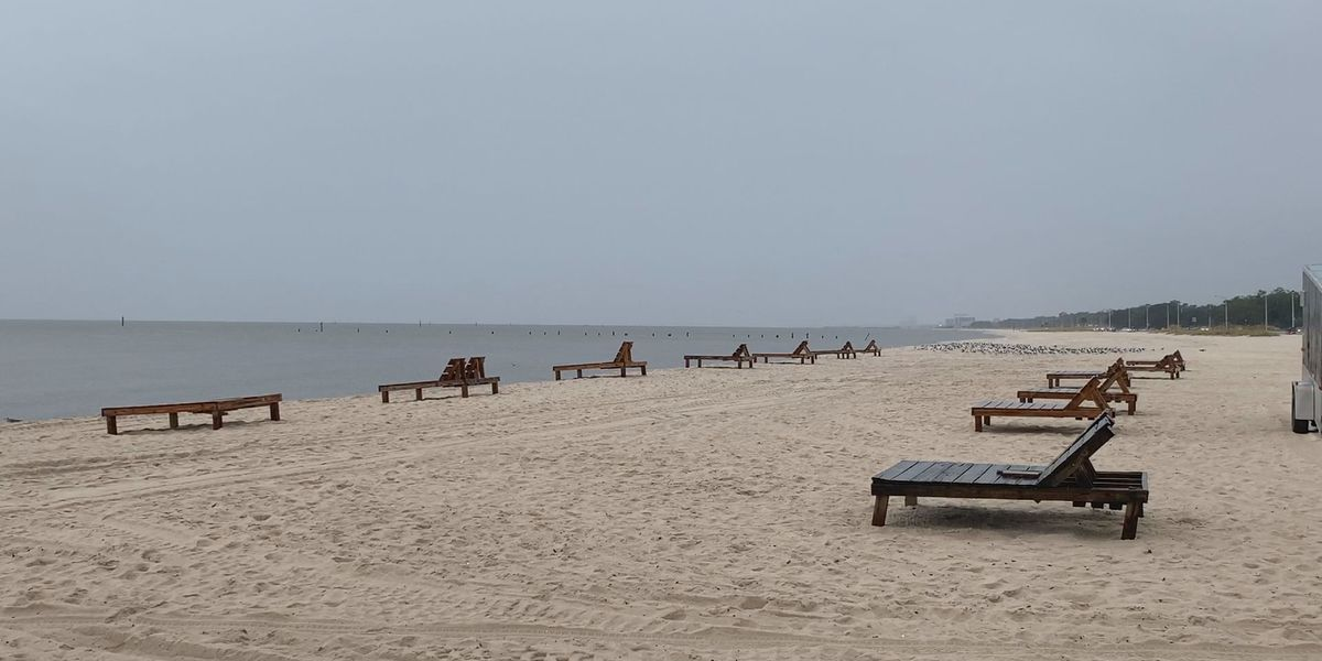 State senators ask Gov. Reeves to close coastal beaches to all non-residents