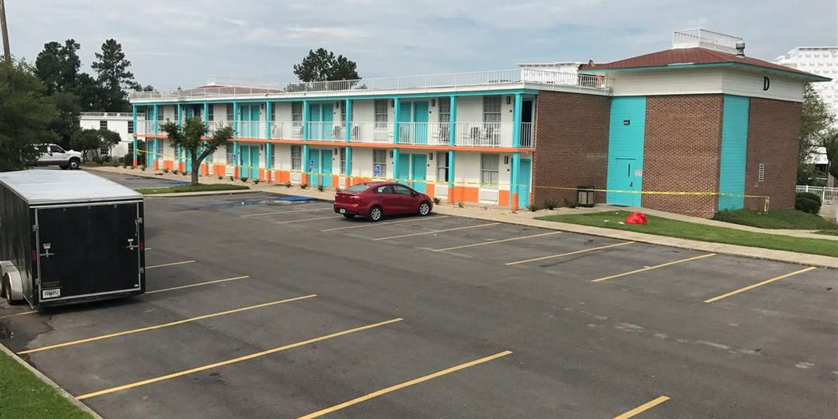 Four injured after fire breaks out at Hattiesburg hotel