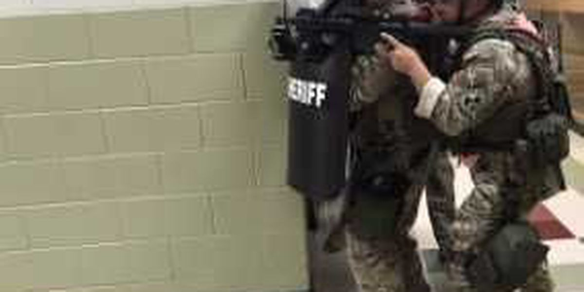 Jones County S.W.A.T. team trains for the worst