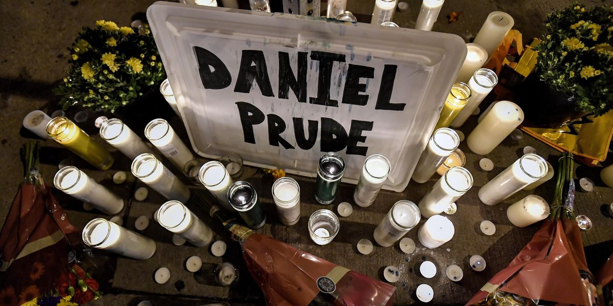 Grand jury in Daniel Prude death voted 15-5 to clear 3 cops