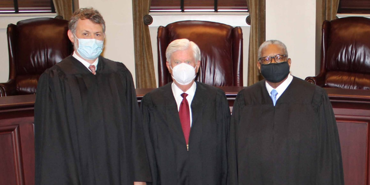 Trio of Mississippi Supreme Court justices sworn in Monday