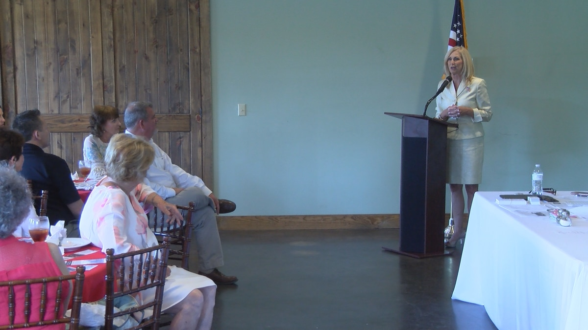 Candidates Lynn Fitch, Dane Maxwell speak at Jones GOP Women meeting