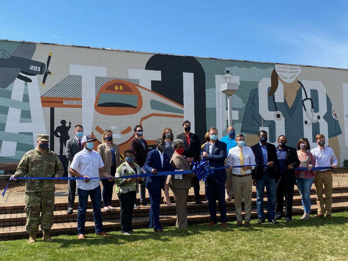 'Courage' mural unveiled at Veterans Memorial Park in Hattiesburg