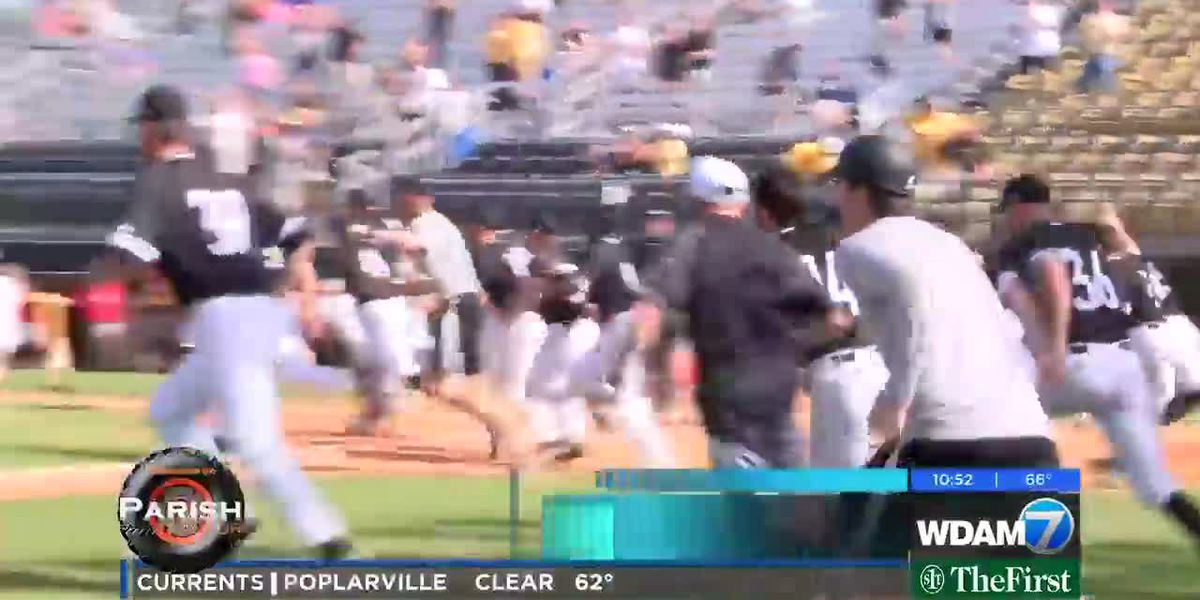 USM remains in first in C-USA with FAU win