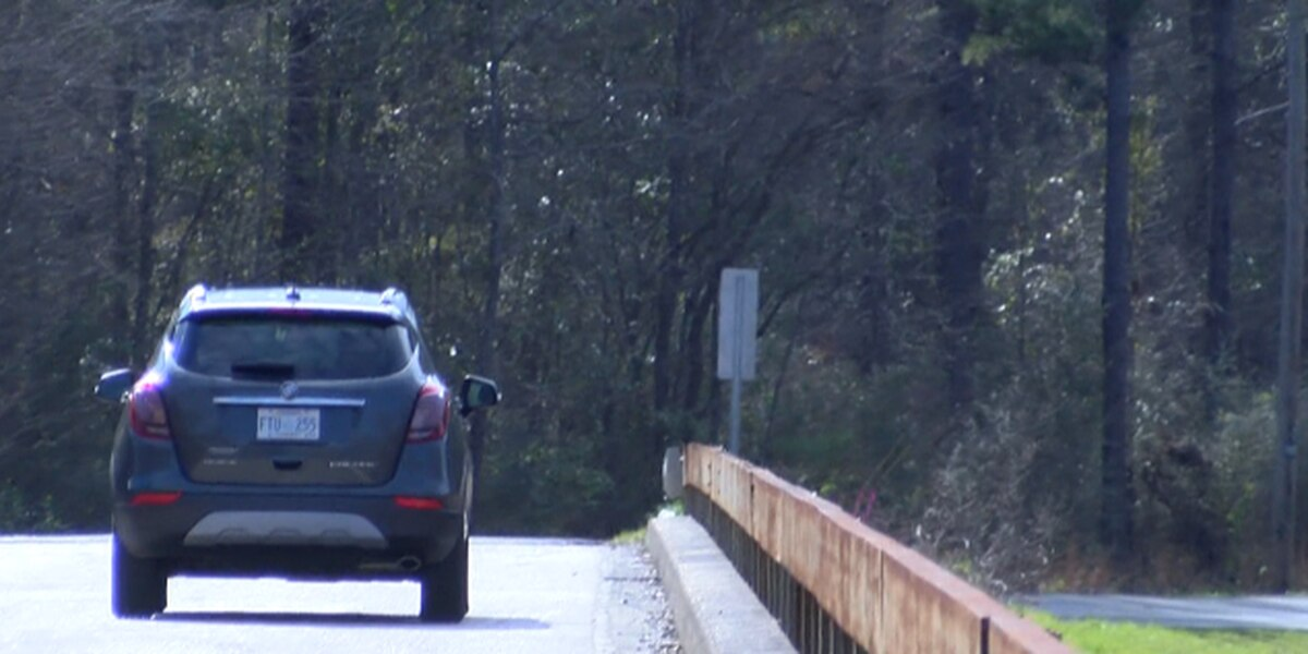 Perry Co. officials urge truck drivers to obey weight limit on bridge