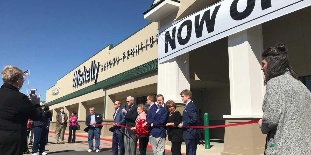 Miskelly Furniture opens Hattiesburg store