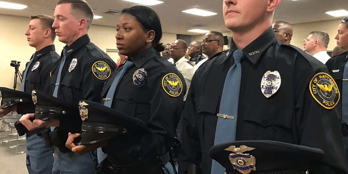 Four officers join ranks at HPD graduation ceremony