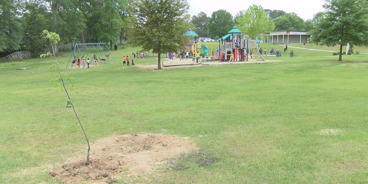 Earth Day celebrated at Thames Elementary