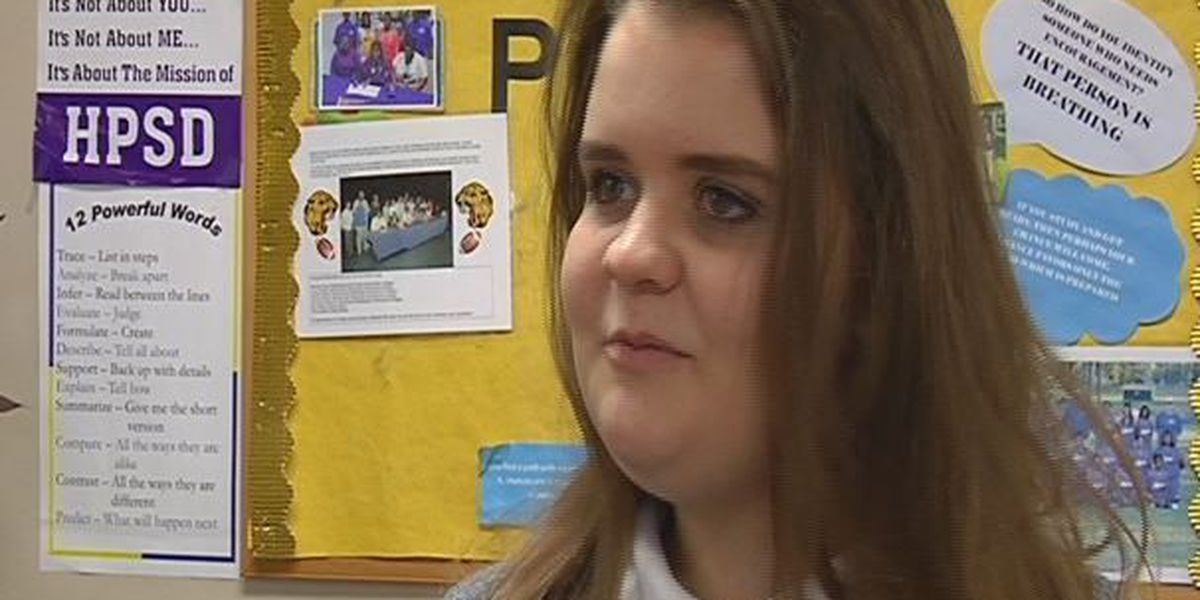 HHS student receives social justice award