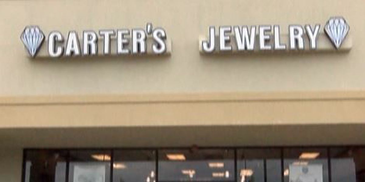 Local jewelry store offering free jewelry…sort of