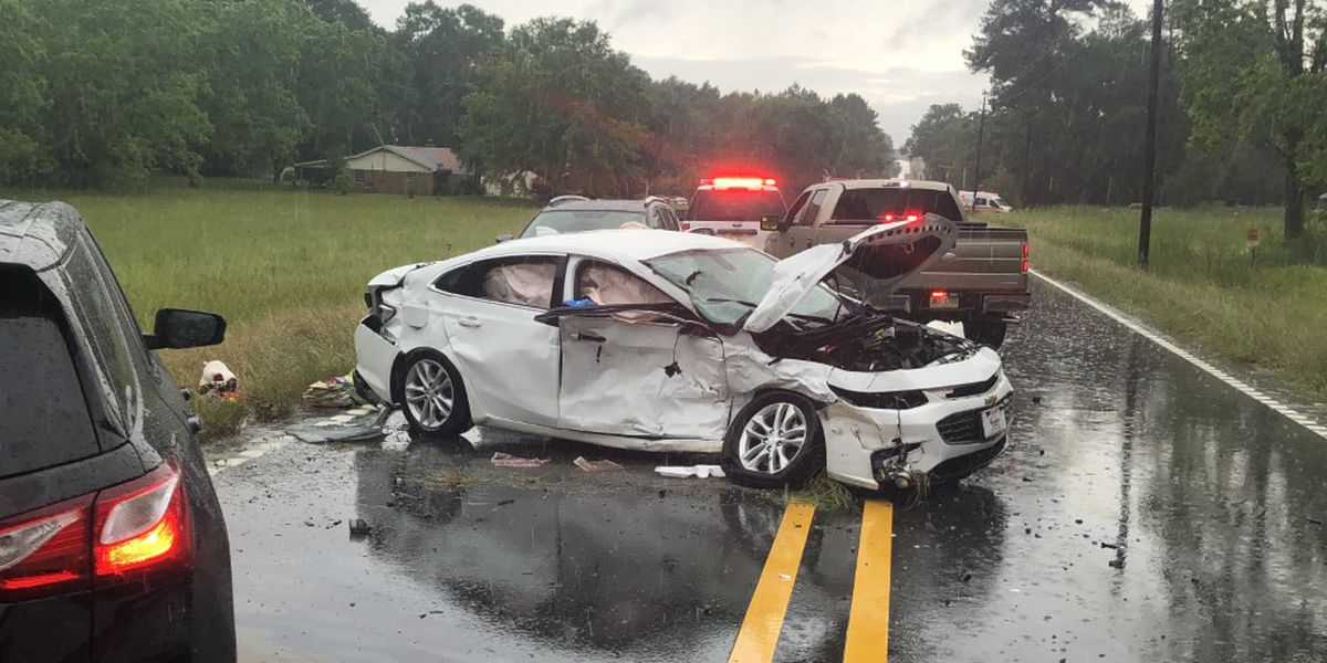 Weather a factor in two car accident in Jones Co. Friday