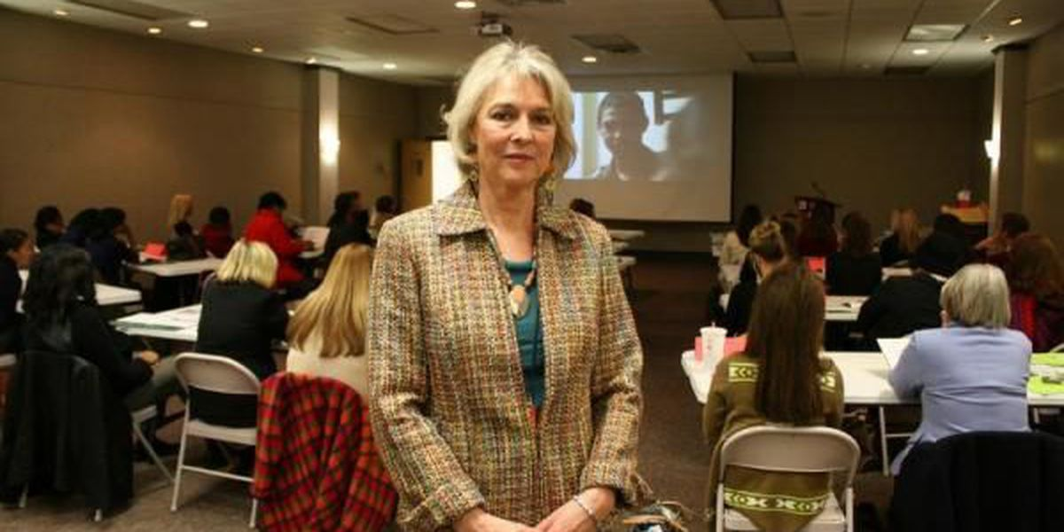 Carey hosts South Mississippi Counselors' Meeting